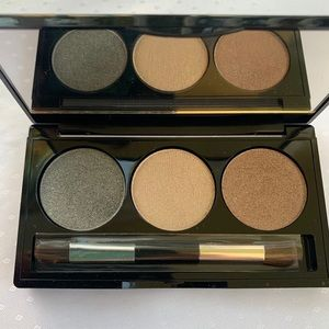 Laura Geller/ eyeshadow/ new